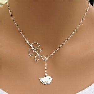 Women Choker Chain Necklace Dove Leaf pendants